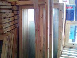 Окно деревянное зимнее, размер: 0,8*1,5 м