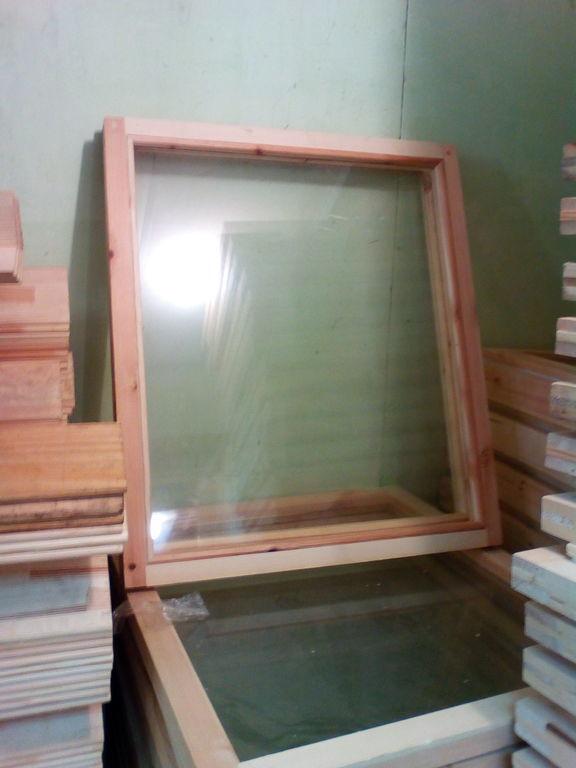 Окно деревянное зимнее, размер: 70*70 см