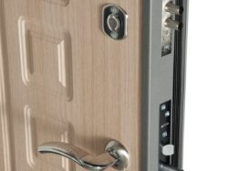 """Дверь металлическая """"Стиль"""""""" 61мм 860х2050 и 960х2050 с черным стеклом"""