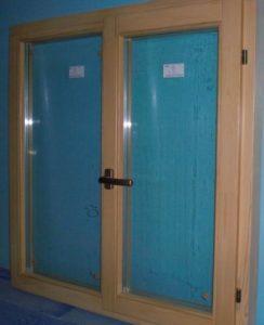 Окно деревянное террасное с одинарным остеклением, летнее, размер: 1,2*1,2