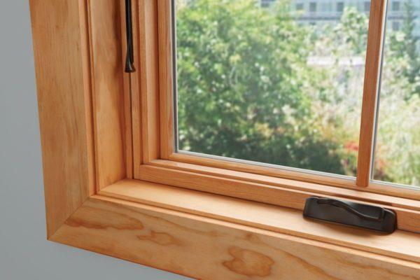 Окно деревянное зимнее, см 100х100